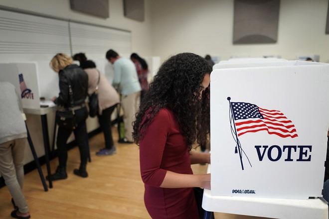 Ξεκίνησε η κούρσα για την αμερικανική προεδρία- Ποιος προηγείται στις δημοσκοπήσεις