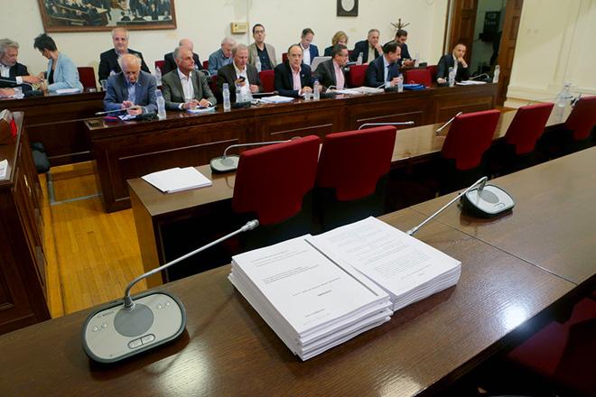 Βουλευτές συμμετέχουν σε συνεδρίαση επιτροπής της Βουλής ,Τρίτη 6 Νοεμβρίου 2018. Συνεδρίασε η εξεταστική επιτροπή της Βουλής για τη διερεύνηση σκανδάλων στον χώρο της υγείας κατά τα έτη 1997 - 2014 με θέμα ημερήσιας διάταξης την συζήτηση σχετικά με το κεφάλαιο του πορίσματος της Επιτροπής που αφορά στο Ερρίκος Ντυνάν. ΑΠΕ-ΜΠΕ/ΑΠΕ-ΜΠΕ/Παντελής Σαίτας
