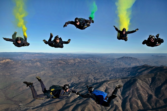 adventure-flares-formation-70361