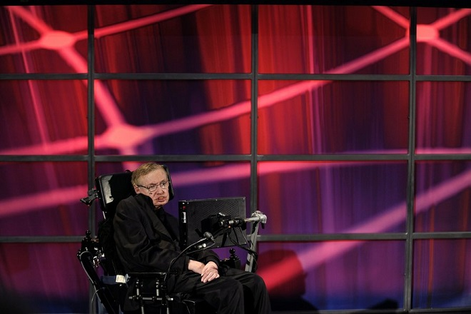 epa02213523 British theoretical physicist Professor Stephen Hawking gives a lecture at Perimeter Institute for Theoretical Physics in Waterloo, Ontario, Canada, 20 June 2010. Hawking is a Distinguished Research Chair at the Institute and is conducting several weeks of research with the scientists. Waterloo is 95 km west of Toronto.  EPA/WARREN TODA