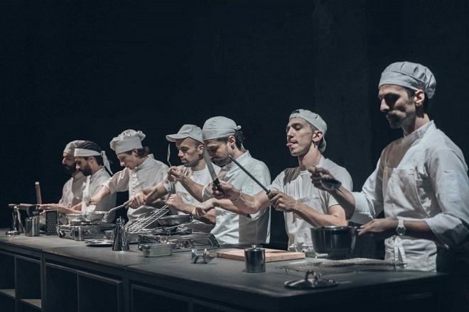 Η «Κουζίνα» σε σκηνοθεσία του Γιώργου Νανούρη