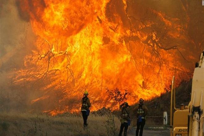 Καλιφόρνια: Στους 76 ανέρχονται οι νεκροί- 1.276 οι αγνοούμενοι
