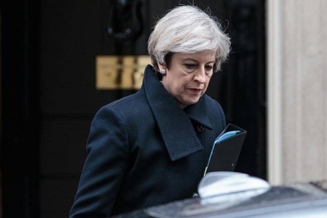 Η Βουλή «δένει τα χέρια» της Μέι για το ενδεχόμενο Brexit χωρίς συμφωνία