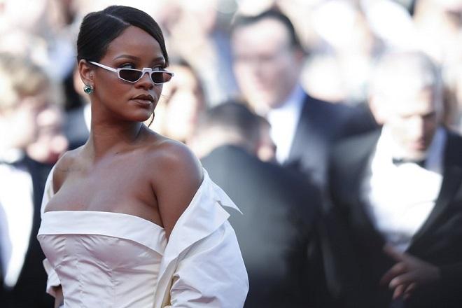 Τη δική της μάρκα με τον διεθνή κολοσσό ειδών πολυτελείας LVMH ετοιμάζεται να λανσάρει η Rihanna