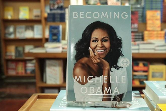 Μια σημαντική πρωτιά για την Μισέλ Ομπάμα και το «Becoming»