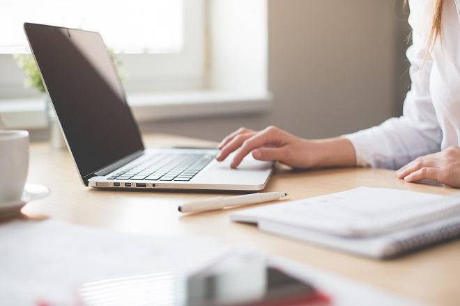Υπάρχει ένας βέλτιστος τρόπος δόμησης της εργάσιμης ημέρας – και δεν είναι το οχτάωρο