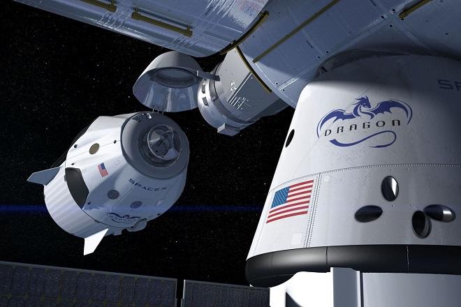 Η NASA επανεξετάζει τις συμφωνίες με την SpaceX και την Boeing
