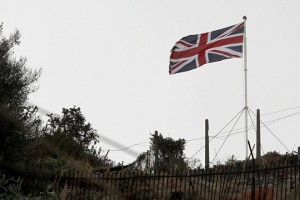 epa03817988 A British Union flag flies in Gibraltar, on 09 August 2013. Reports state that tension was running high on 09 August 2013 between Spain and Britain over an artificial reef at Gibraltar, with Madrid saying it reserved the right to take 'legal and proportionate' measures to defend its interests. British warships were meanwhile due to set sail for Gibraltar in what Spain and Britain described as a routine military exercise.  EPA/A.CARRASCO RAGEL