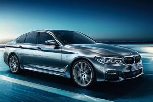 BMW-5series-sedan-ataglance-ts-XXL-desktop