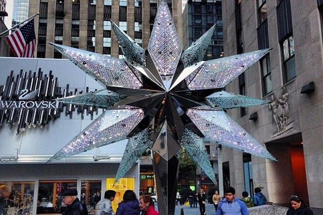 Ένα εντυπωσιακό αστέρι της Swarowski θα κοσμεί το χριστουγεννιάτικο δέντρο στο Rockefeller Center