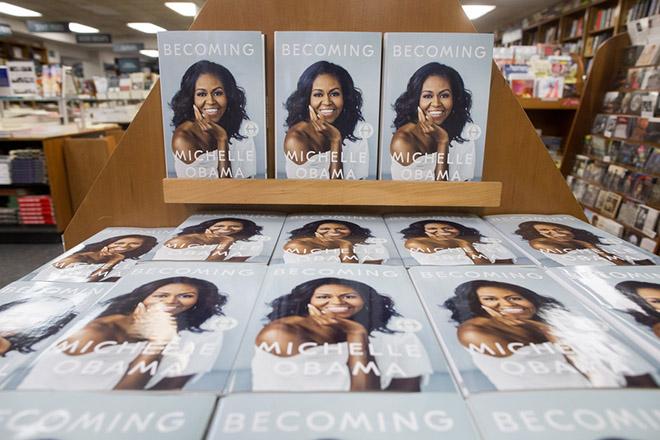 Απόλυτο best-seller η αυτοβιογραφία της Μισέλ Ομπάμα