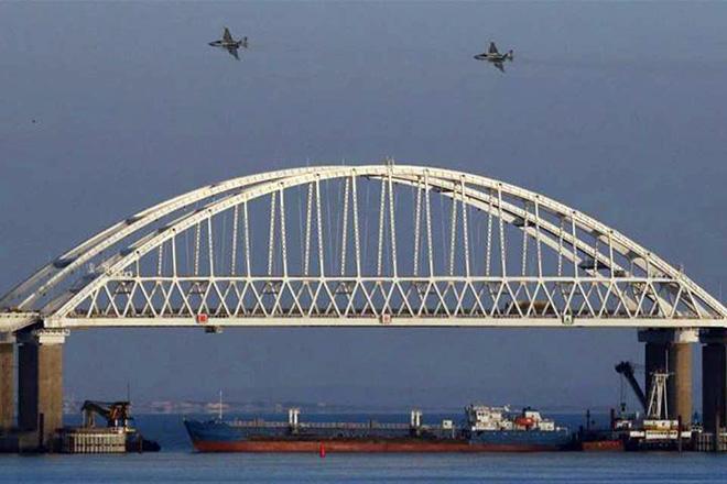 Θερμό επεισόδιο στην Κριμαία: Η Ουκρανία κατηγορεί τη Ρωσία ότι άνοιξε πυρ σε πλοία της