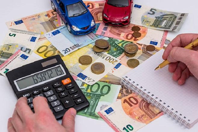 Πώς θα πληρώσετε τα τέλη κυκλοφορίας- Τα πρόστιμα για όσους δεν πληρώσουν