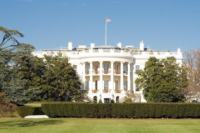 Ο Λευκός Οίκος ετοιμάζεται να κηρύξει κατάσταση έκτακτης ανάγκης- Το παρασκήνιο
