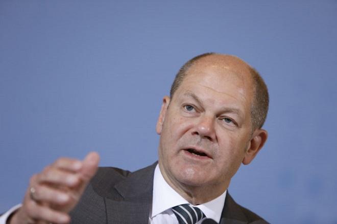 Άμεση συμφωνία για μεταρρυθμίσεις στην ευρωζώνη ζητά ο Σολτς