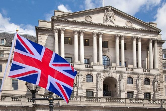 Η Τράπεζα της Αγγλίας προειδοποιεί: Αντιμέτωπη με την ασθενέστερη οικονομική ανάπτυξη των τελευταίων 10 ετών η Βρετανία