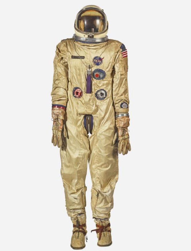 moon-rocks-space-suits-sothebys-lead-e1543438790203