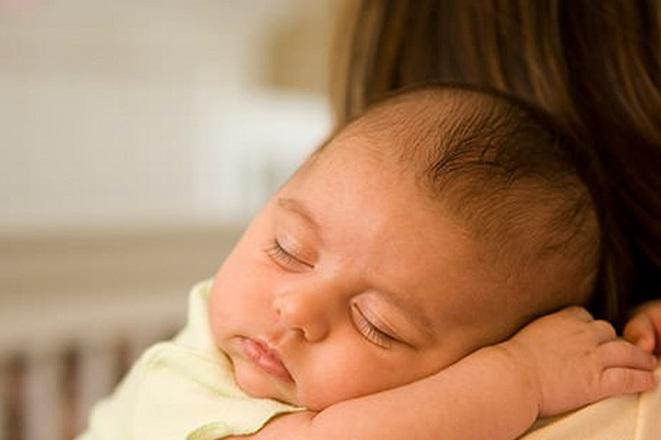 Επίδομα γέννας: Η διαδικασία αίτησης και οι δικαιούχοι