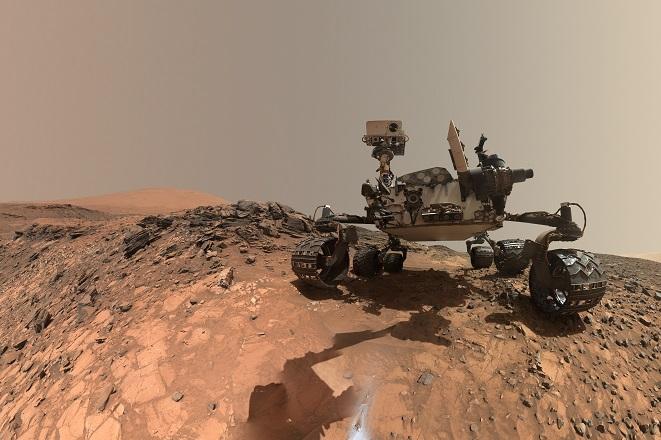 Παράξενο αντικείμενο εντόπισε το ρόβερ Curiosity στον Άρη