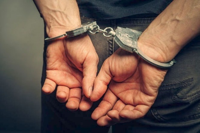 w02-81205Handcuffs2
