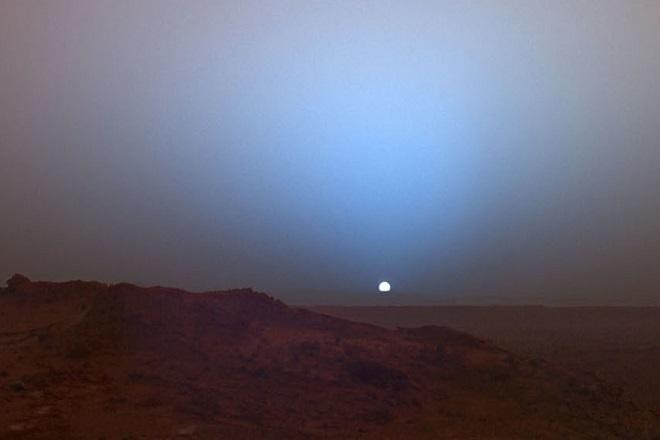 Το πρώτο ηλιοβασίλεμα στον Άρη που είδε ποτέ η ανθρωπότητα (Βίντεο)