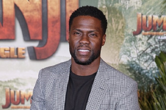 epa06369733 US actor/cast Kevin Hart arrives for the world premiere of the film 'Jumanji: Welcome to the Jungle' at Grand Rex theater in Paris, France, 05 December 2017. The movie will be released in France on 05 December 2017.  EPA/YOAN VALAT