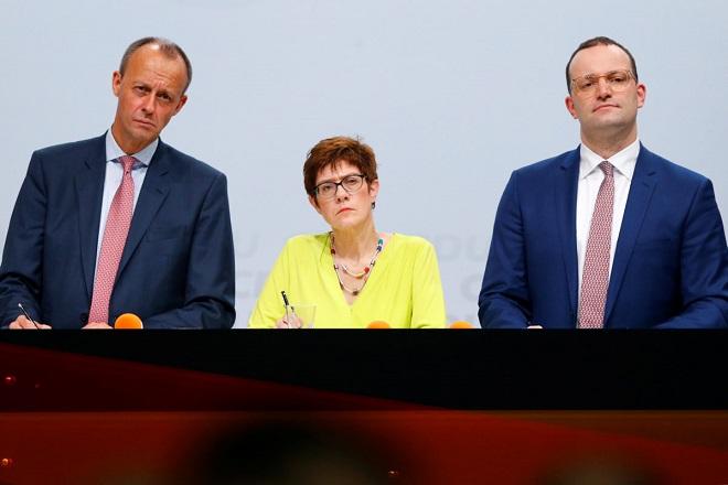 Τι λένε οι τρεις υποψήφιοι διάδοχοι της Μέρκελ για την Ελλάδα