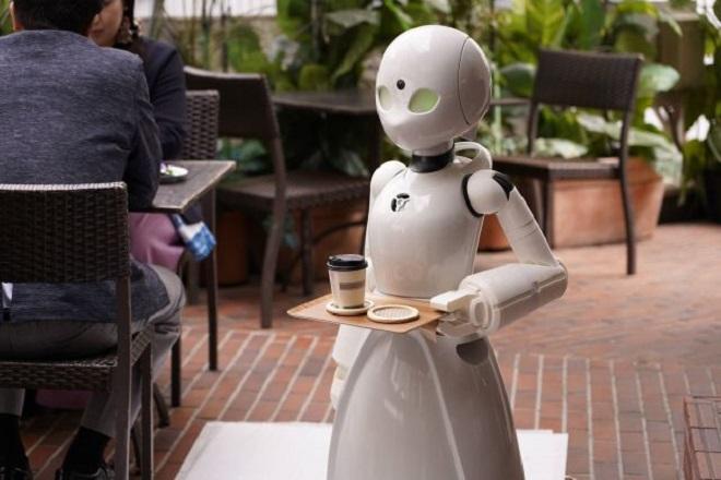 Αυτή είναι η πρώτη καφετέρια που διαθέτει μόνο ρομποτικούς σερβιτόρους (Βίντεο)