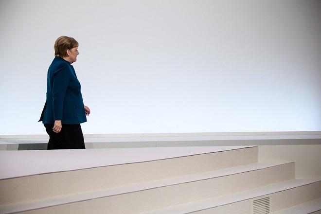 Σε κλίμα συγκίνησης η τελευταία ομιλία της Άνγκελα Μέρκελ ως Προέδρου του CDU (Photo-Video)