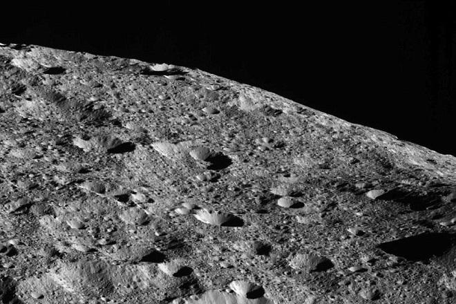 NASA: Άφθονη οργανική ύλη εντοπίστηκε στον νανο-πλανήτη Δήμητρα