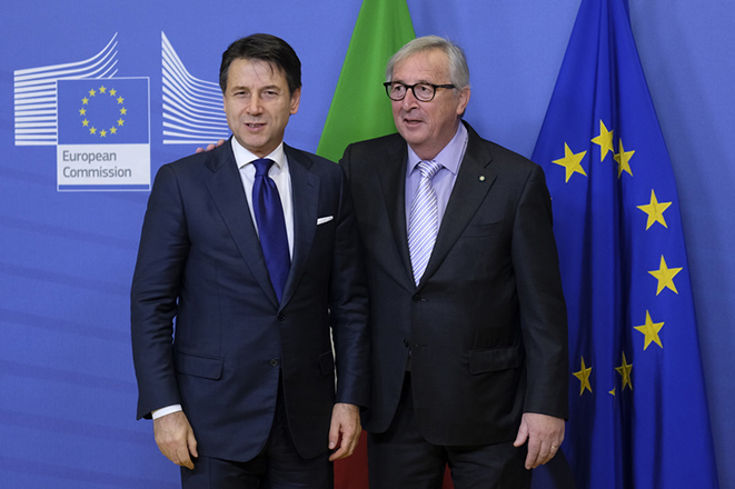 «Ράλι» καθόδου για τα ιταλικά ομόλογα μετά την εκεχειρία της Ρώμης με την ΕΕ