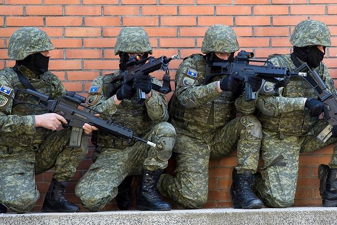 «Ναι» στη δημιουργία εθνικού στρατού είπε το Κόσοβο – Δυσαρέσκεια από Σερβία και ΝΑΤΟ