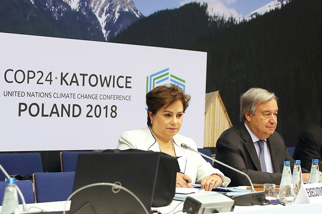 epa07231140 Executive Secretary of UN Climate Change Patricia Espinosa (L) and Secretary General of the United Nations (UN) Antonio Guterres (R) during the COP24 summit in Katowice, Poland, 14 December 2018. The COP (Conference of the Parties) summit is the highest body of the UN Framework Convention on Climate Change (UNFCC). Expected at the meeting are close to 30,000 delegates from all over the world, including government leaders and ministers responsible for environmental policy.  EPA/Andrzej Grygiel POLAND OUT