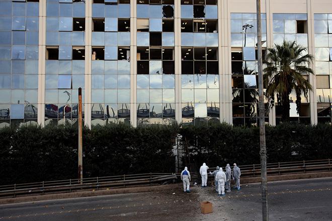Έκρηξη βόμβας στον τηλεοπτικό σταθμό ΣΚΑΪ – Όλες οι εξελίξεις (Φωτογραφίες-Βίντεο)