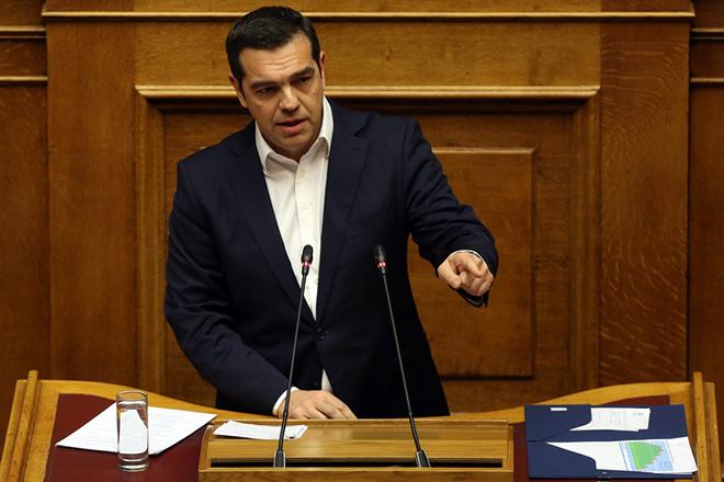 Ο πρωθυπουργός Αλέξης Τσίπρας μιλάει από το βήμα στην ολομέλεια της Βουλής στη συζήτηση για τον Προϋπολογισμό του έτους 2019, Αθήνα, Τρίτη 18 Δεκεμβρίου 2018. Η συζήτηση ολοκληρώνεται αργά το βράδυ με την υπερψήφιση η καταψήφιση του. ΑΠΕ-ΜΠΕ/ΑΠΕ-ΜΠΕ/ΟΡΕΣΤΗΣ ΠΑΝΑΓΙΩΤΟΥ