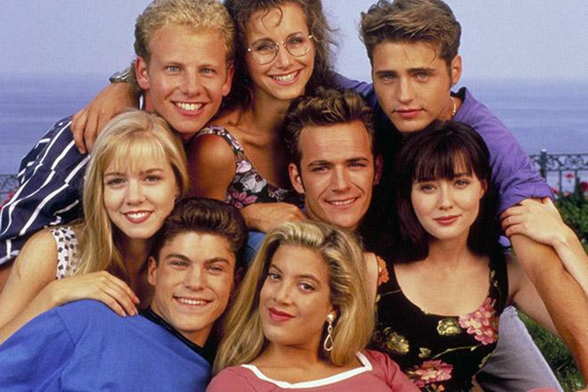 Στα σκαριά η τηλεοπτική επαναφορά του «Beverly Hills 90210»