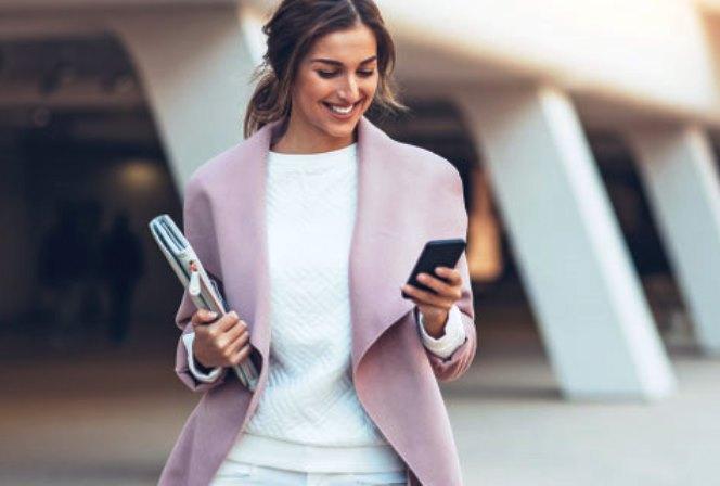 COSMOTE Business Mobile: Δίνει έως και διπλάσια MB και περισσότερο χρόνο ομιλίας σε επαγγελματίες