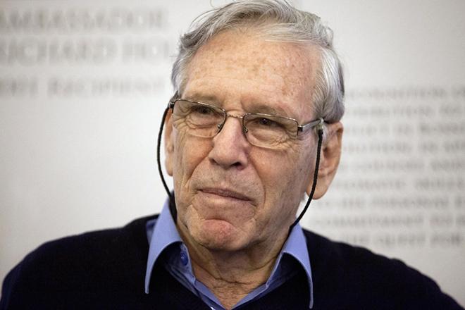 Έφυγε σε ηλικία 79 ετών ο Ισραηλινός συγγραφέας Άμος Οζ