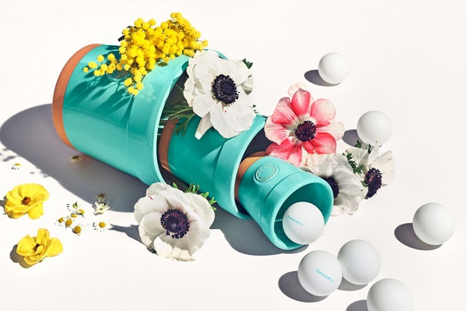 20180424_CB_Everyday_Objects_Tile1_3x2Promo_UK_tiffany_flower_pot