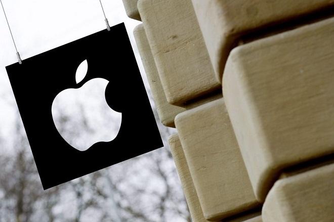 Η Apple «ψηλαφίζει» και πάλι το κλαμπ του 1 τρισ. δολαρίων