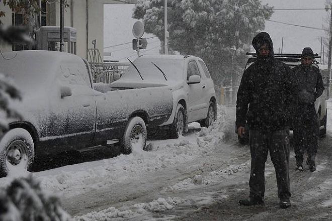 Έκτακτο δελτίο ΕΜΥ: Σημαντική πτώση της θερμοκρασίας και χιονοπτώσεις