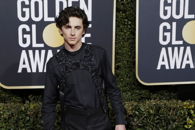 epa07266651 Timothee Chalamet arrives for the 76th annual Golden Globe Awards ceremony at the Beverly Hilton Hotel, in Beverly Hills, California, USA, 06 January 2019.  EPA/MIKE NELSON