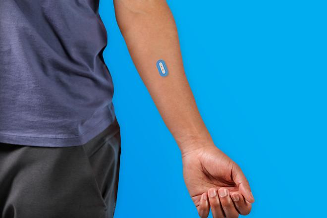 Η L'Oréal αποκαλύπτει τον πρώτο wearable αισθητήρα που μετρά τα επίπεδα του pH του δέρματος