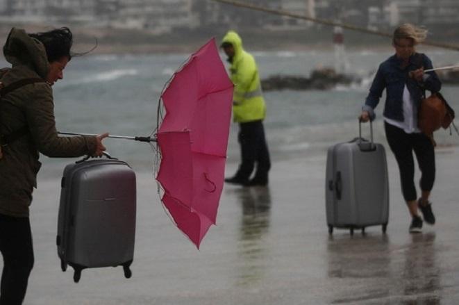 Έρχεται το νέο κύμα κακοκαιρίας «Υπατία», με θυελλώδεις νοτιάδες και βροχές