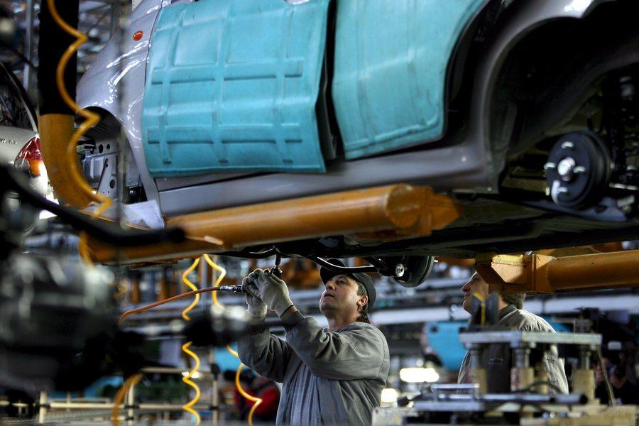 Πλήγμα για την ευρωπαϊκή αυτοκινητοβιομηχανία: Χιλιάδες απολύσεις από Ford και Jaguar