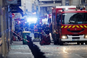 epaselect epa07276885 Firefighters work at the scene of an explosion at a bakery near Rue de Trevise in Paris, France, 12 January 2019. According to police, a suspected gas leak has lead to an explosion of a bakery in Paris, injuring several people and damaging surrounding buildings.  EPA/IAN LANGSDON