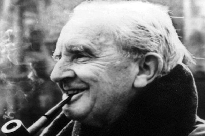 """(FILES) Undated photo shows the writer J.R. Tolkien. Before writing """"Lord of the Rings"""", the inspiration for an eagerly awaited film which has its world premiere in London 10 December 2001, John Ronald Reuel Tolkien was a university professor with a consuming passion for rare historical languages."""