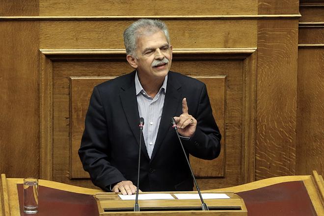 Αιχμηρό μήνυμα του Σπύρου Δανέλλη από το βήμα της Βουλής προς τον Σταύρο Θεοδωράκη