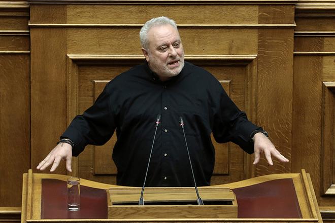 Ο βουλευτής του Ποταμιού Γρηγόρης Ψαριανός μιλάει στη συζήτηση στην Ολομέλεια της Βουλής για παροχή ψήφου εμπιστοσύνης προς την κυβέρνηση, Τετάρτη 16 Ιανουαρίου 2019. Η συζήτηση θα ολοκληρωθεί με ονομαστική ψηφοφορία το βράδυ της Τετάρτης. ΑΠΕ-ΜΠΕ/ΑΠΕ-ΜΠΕ/ΣΥΜΕΛΑ ΠΑΝΤΖΑΡΤΖΗ