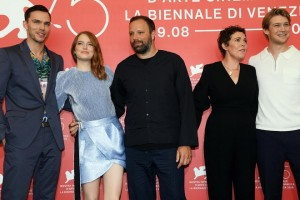 epa06984310 (L-R) British actor Nicholas Hoult, US actress Emma Stone, Greek director Yorgos Lanthimos, British actress Olivia Colman and British actor Joe Alwyn pose during a photocall for 'The Favourite'  during the 75th annual Venice International Film Festival, in Venice, Italy, 30 August 2018. The movie is presented in the official competition 'Venezia 75' at the festival running from 29 August to 08 September 2018.  EPA/CLAUDIO ONORATI